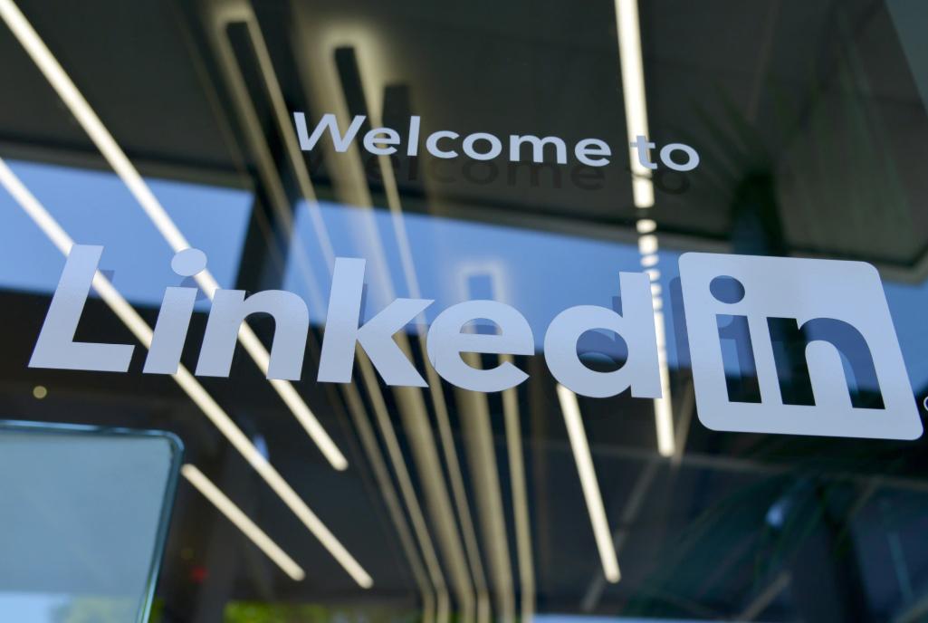 Học tất cả mọi thứ trên LinkedIn chỉ với 29.99$ mỗi tháng mà còn nhận được chứng chỉ