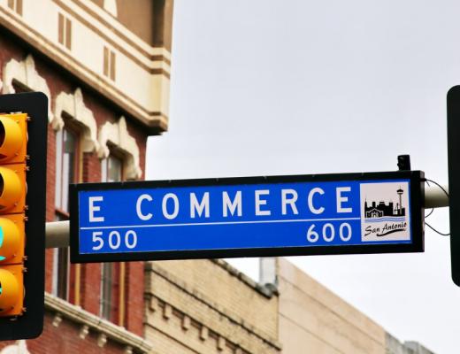 Marketing Nội Sàn (On-site) và Marketing Ngoại Sàn (Off-Site) là gì? Tận dụng như thế nào cho gian hàng của bạn?